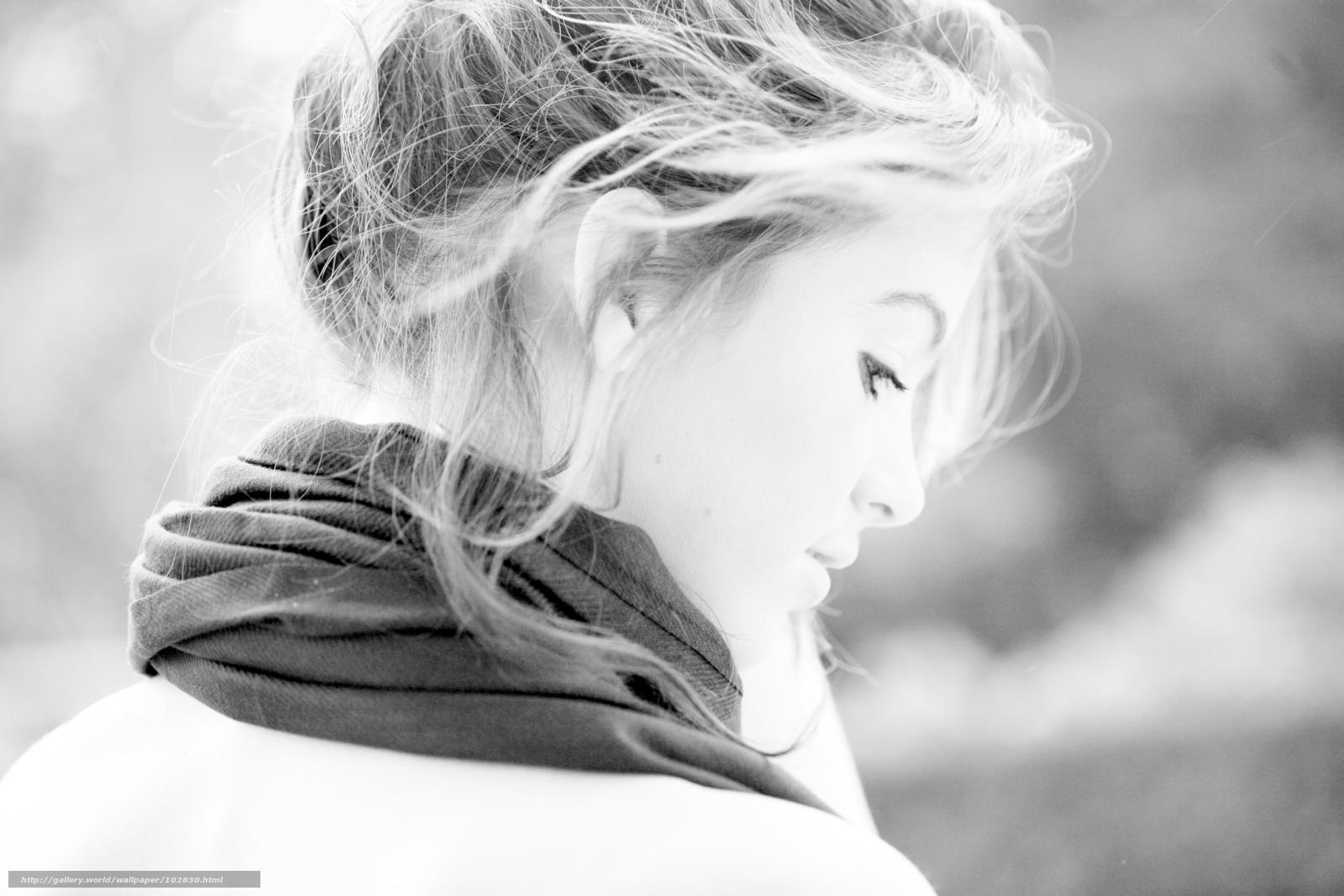 Фотоальбом обнаженной девушки. шатенка кареглазая красивая девушка