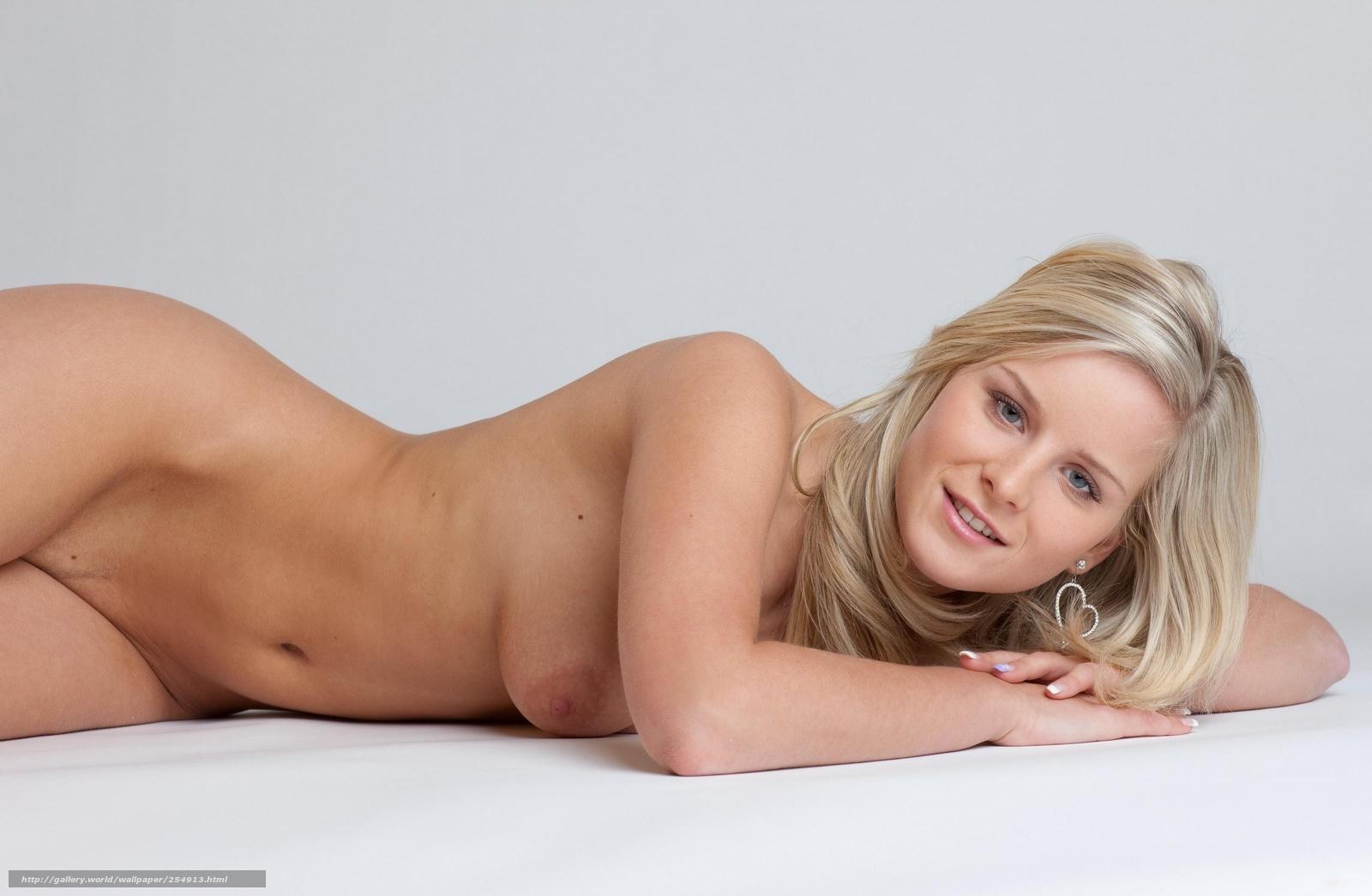 Супер фигуристые телки порно 10 фотография