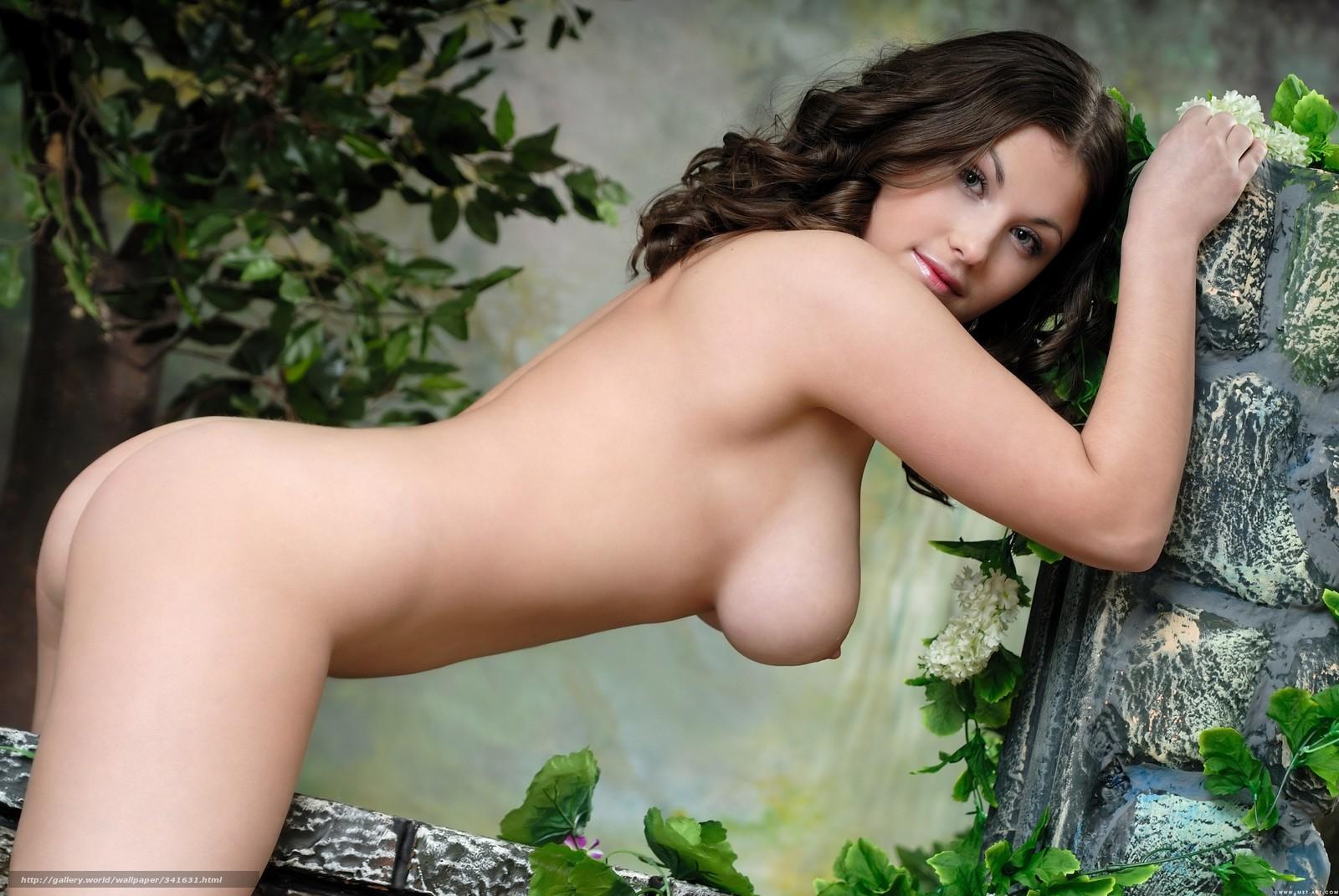 Фото наклонившейся голой женщины 22 фотография