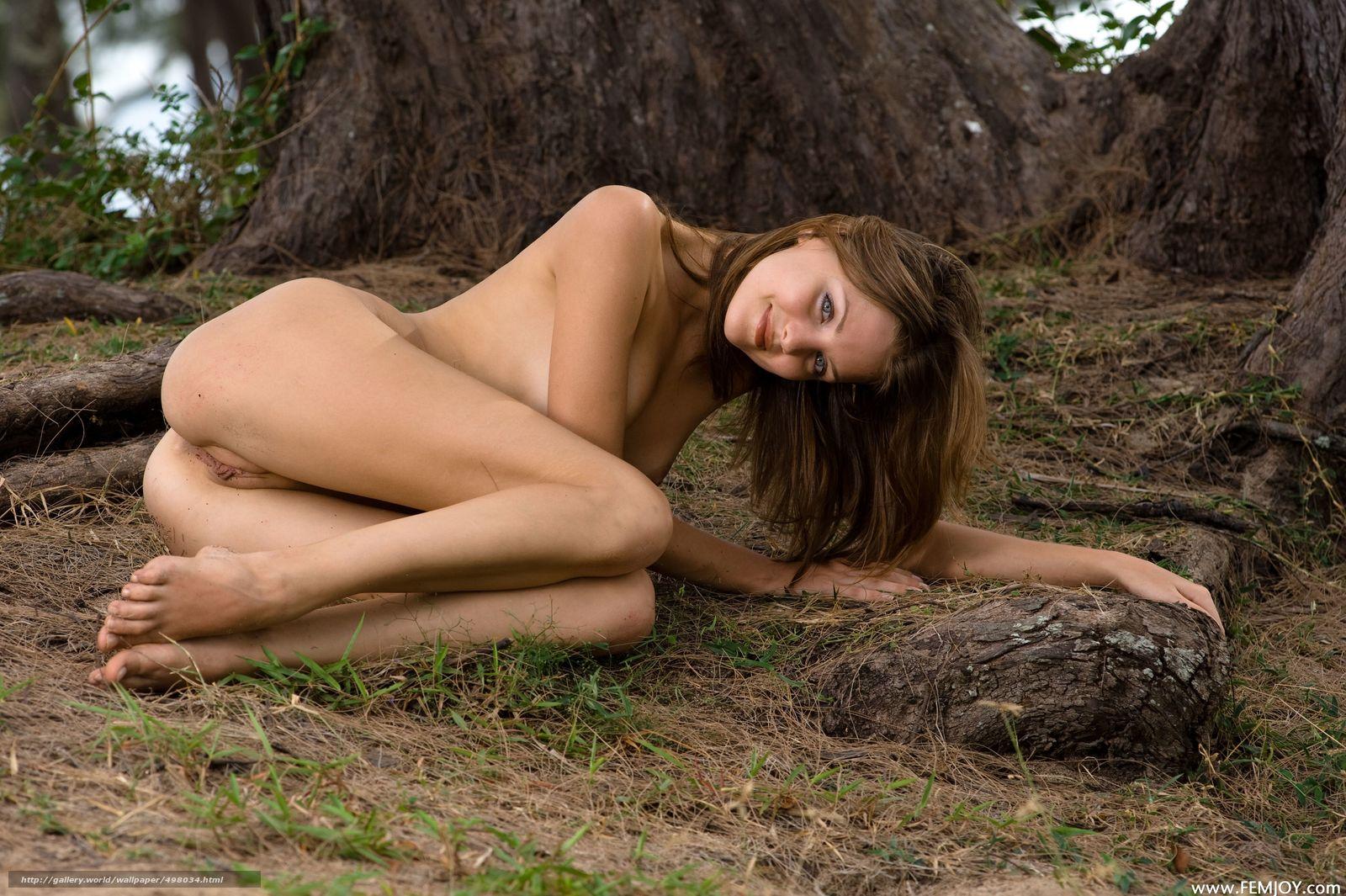 Эротика в лесу смотреть 16 фотография