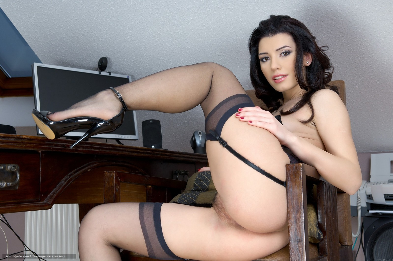 Зрелая голая секретарша 1 фотография