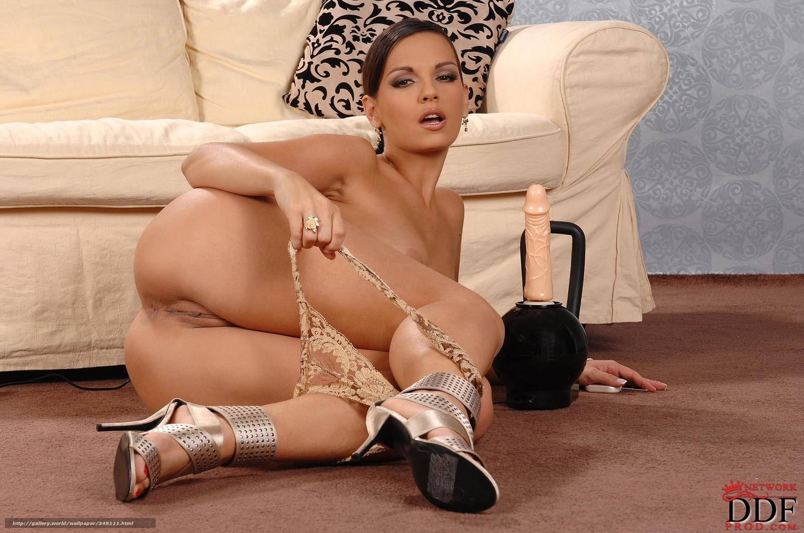 Голые русские девушки фото  обнаженные россиянки